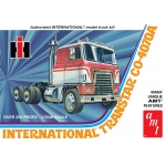 1:25 International Transtar CO-4070A Semi Tractor