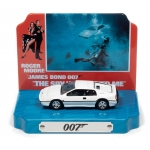 1:64 James Bond 1976 Lotus Espirit w/Tin Background