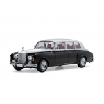 1:18 Rolls-Royce Phantom VI - Black/Silver