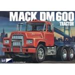 1:25 Mack DM600 Tractor