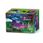 1:25 The Jokers Getaway Car With Resin Joker Figure