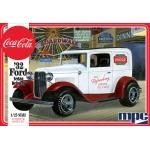 1:25 1932 Ford Sedan Delivery (Coca Cola)