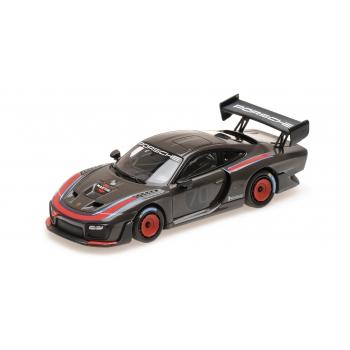 1:43 2019 Porsche 935 - Grey W/ Martini Design