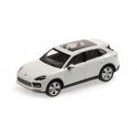 1:43 2017 Porsche Cayenne - White