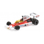1:43 1975 McLaren Ford M23 - E. Fittipaldi with Engine