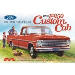 1:25 1968 Ford F-250 Custom Cab Pickup