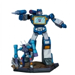Soundwave and Rumble Classic Scale Statue
